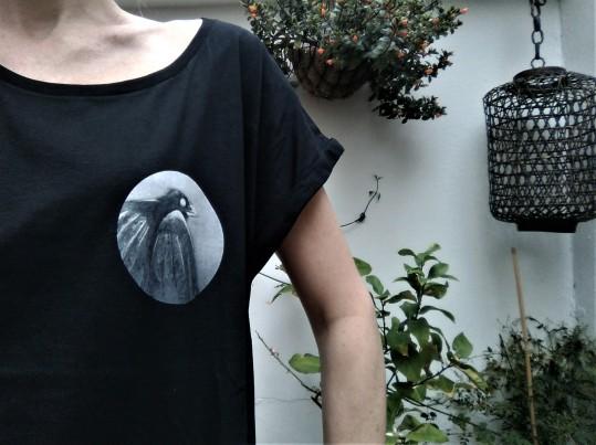 crow tshirt foto