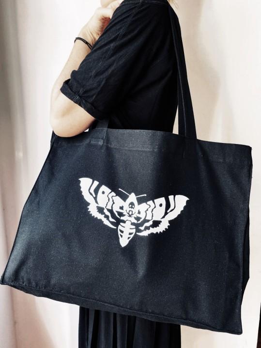 moth bag shopper